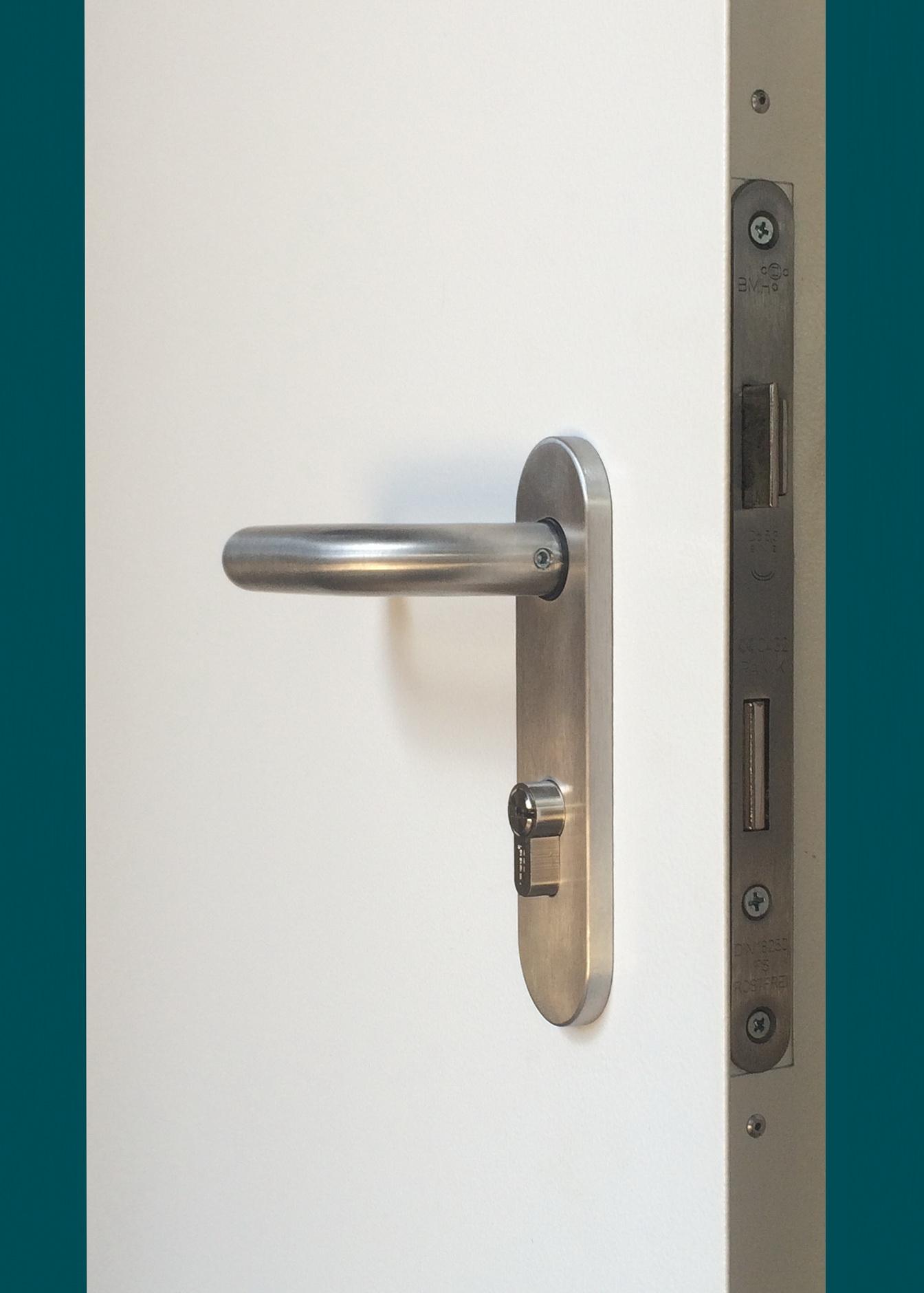 дверь тамбурная металлическая антипаник
