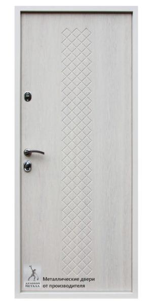 Обратная сторона металлической двери в квартиру ДМС-507 с индивидуальной фрезеровкой